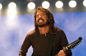 Mengapa Bekas Pemain Drum Nirvana Ini Menghasilkan Sebuah Lagu Khas Untuk  ...