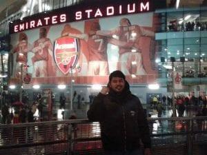 Kerana Kawan, Lelaki Ini Sanggup Melupakan Leeds & Mula Menyokong Arsenal