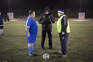 England Lancarkan Liga Bola Sepak Eksklusif Hanya Untuk Lelaki Gemuk