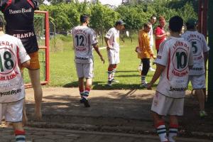 Penyokong Kelab Brazil Ceroboh Sesi Latihan Pasukan, Cabar Pemain Lawan Mereka