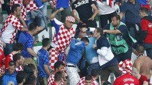 5 Persamaan Keganasan Ultras Croatia (vs Rep. Czech) Dengan Ultras Malaya (vs  ...