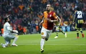 Wesley Sneijder Didenda Hampir £2 Juta Kerana Alasan Pelik