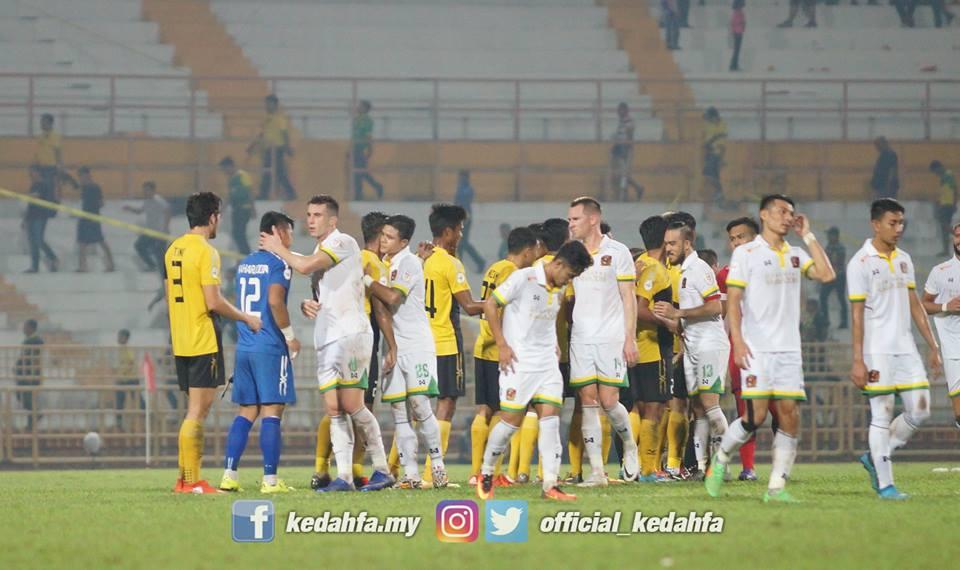 Analisis Taktikal: Kegagalan Taktikal 4-4-2 Kedah & Kelemahan Positioning Negeri ...