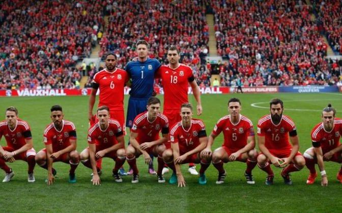 5 Bukti Skuad Kebangsaan Wales Tak Pandai Ambil Gambar Pra-Perlawanan