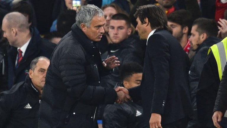 Media Rasmi Chelsea Troll Manchester United, Ganti Conte Lancarkan Perang Saraf