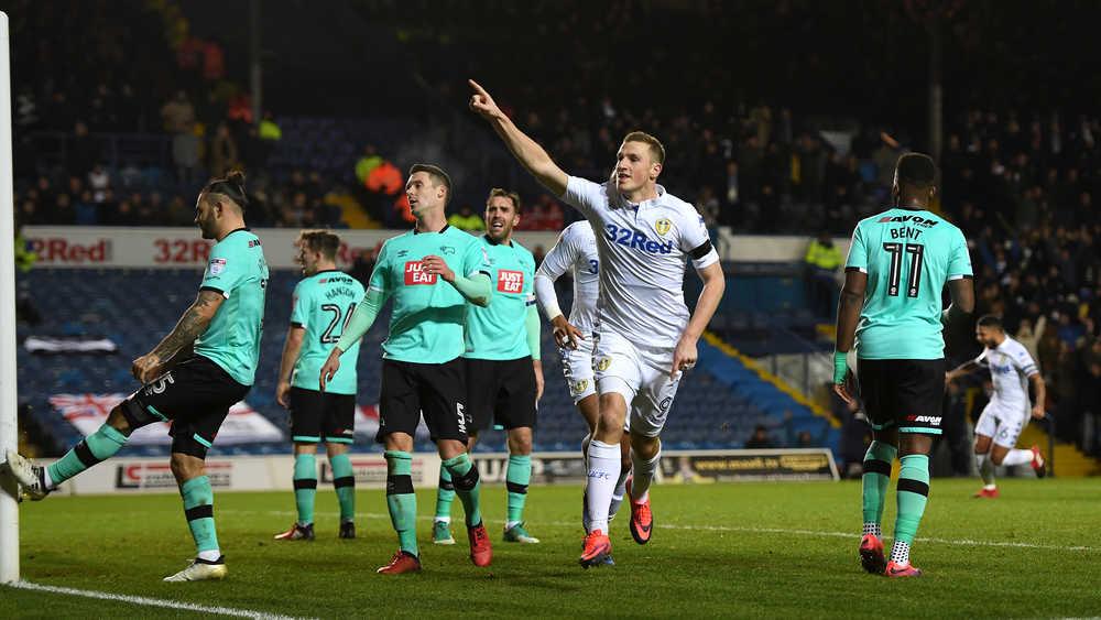 Dapat Terlalu Banyak Sepakan Penjuru, Akaun Twitter Leeds United 'Troll' Pasukan ...