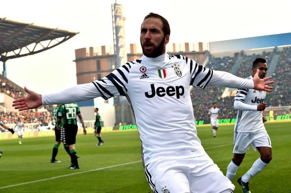 Juventus Kalahkan Sassuolo, AS Roma & AC Milan Tumbang Di Tempat Lawan