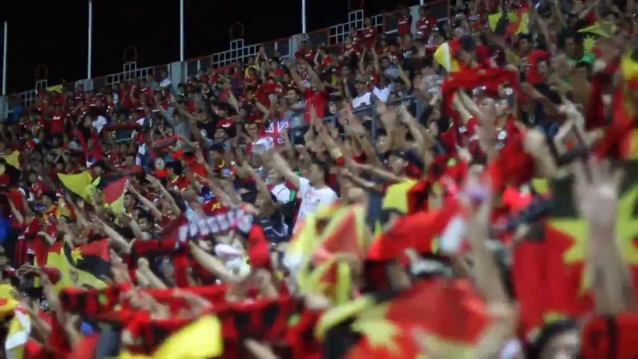 Jatuh Bangun Bola Sepak Sarawak, Cerita Di Sebalik Ngap Sayot Dan Bujang Senang