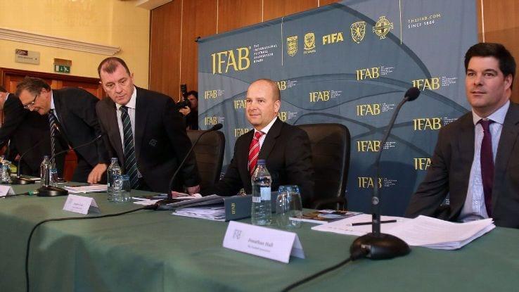 FIFA Bakal Laksanakan Sin-Bins Dalam Bola Sepak?