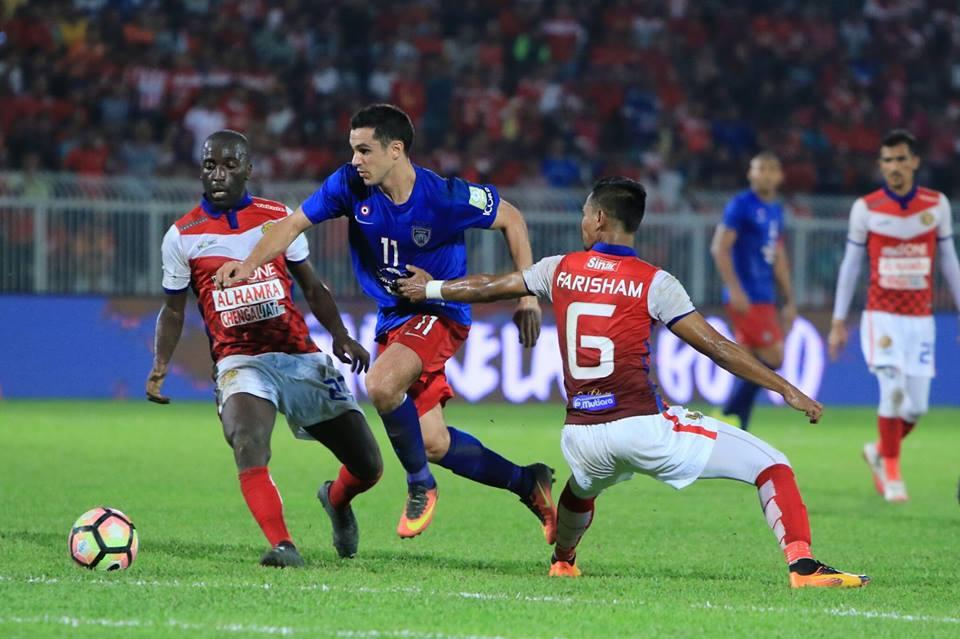 JDT Terajui Liga Super Selepas Benam Kelantan 2-3 Di Kota Bharu