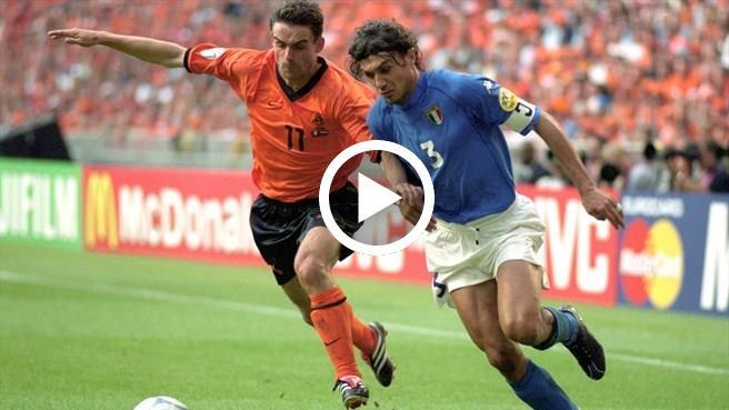 Video: Pertarungan Paolo Maldini vs Overmars, Euro 2000