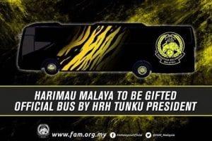 Skuad Harimau Malaya Dikurniakan Bas Rasmi Oleh DYAM TMJ