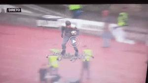 VIDEO: Cara Bergaya Penyerahan Bola Perlawanan Kepada Pengadil Di Portugal  ...