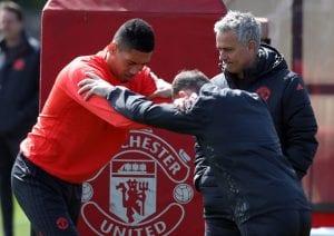 Mourinho Jelas Sebab Kenapa United Tak Boleh Main 'Build-Up' Jika Smalling  ...