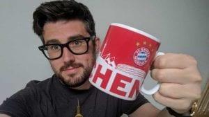 Bayern Munich Hadiahkan Peminatnya Cawan Baharu Selepas Beliau Setia Dengan  ...
