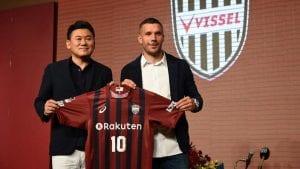 Podolski Tidak Menyertai Kelab China Kerana Meluat Dengan 'Tangan Ghaib'