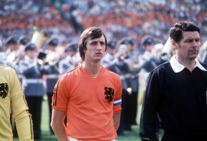 Johan Cruyff: Konduktor Okestra 'Total Football' 4-3-3 Belanda Di Piala Dunia  ...